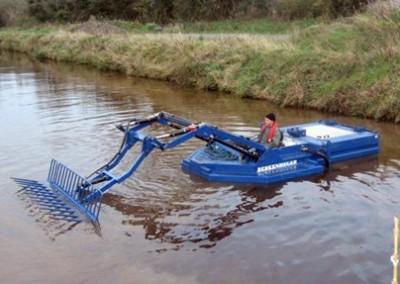 Лодка за косене тип 6440
